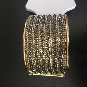 Xoxo cuff gold black